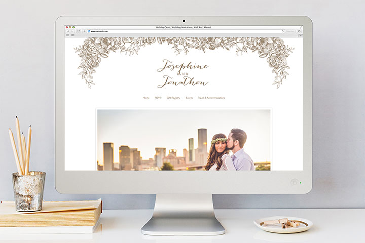 8 Apps & Websites to Help You Save Money on Your Wedding