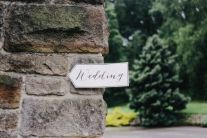 How to Handle Overbearing Parents While Planning Your Wedding