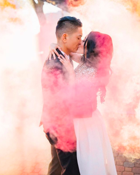 Ways to Pull Off Those Colored Smoke Bombs in Your Wedding Photos