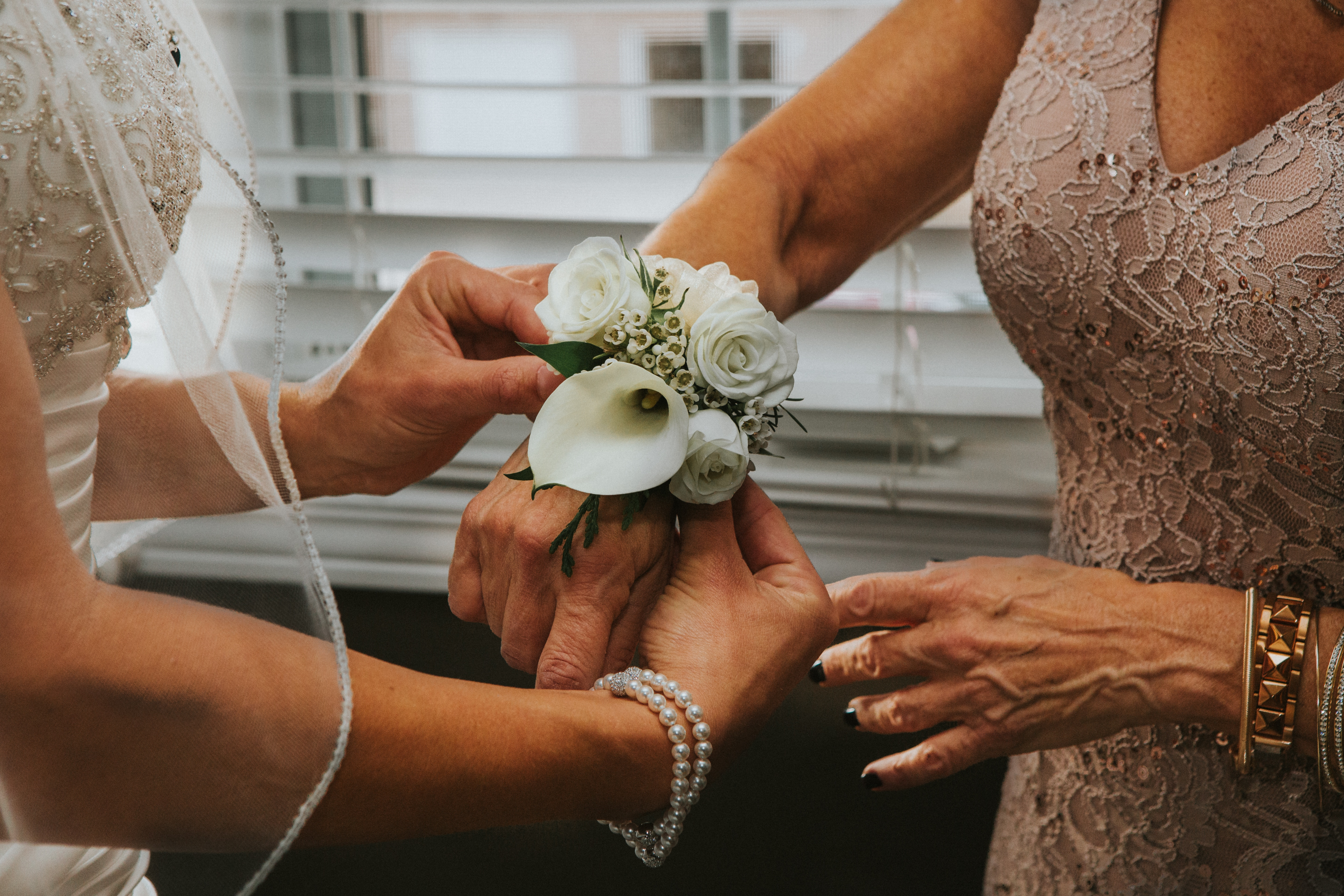 Honor Your Mom at Your Wedding