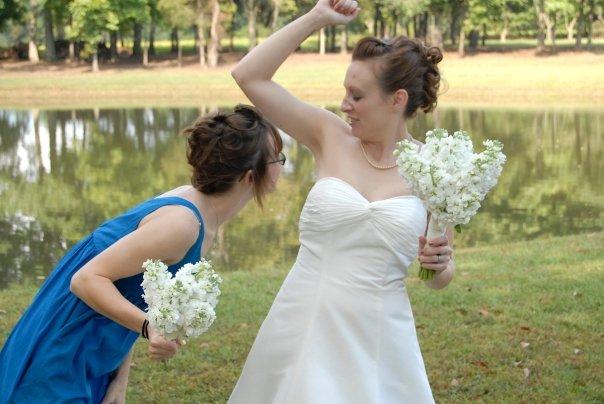 awkward bridesmaids photos