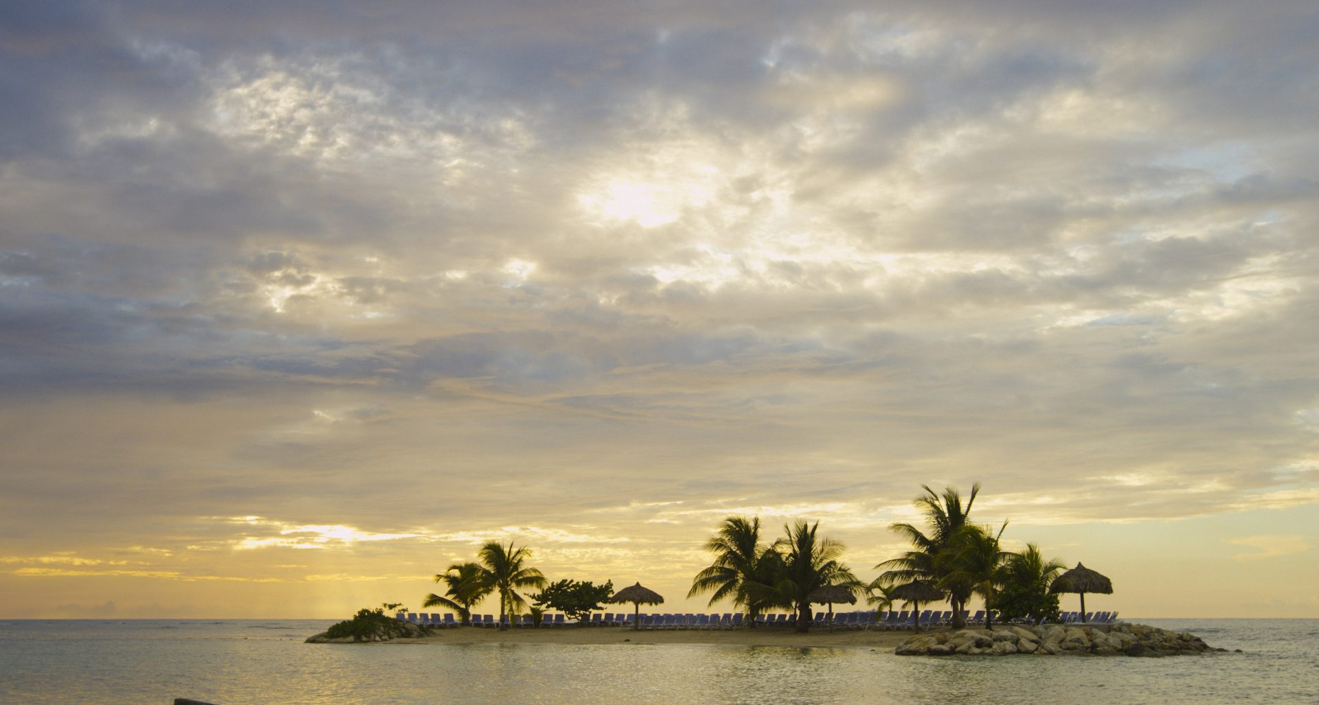 beach weddings, beach wedding venues in the Caribbean, best wedding venues in Mexico, outdoor wedding venues , mexico destination wedding, beach wedding packages