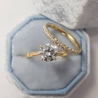 Nature Sparkle engagement ring