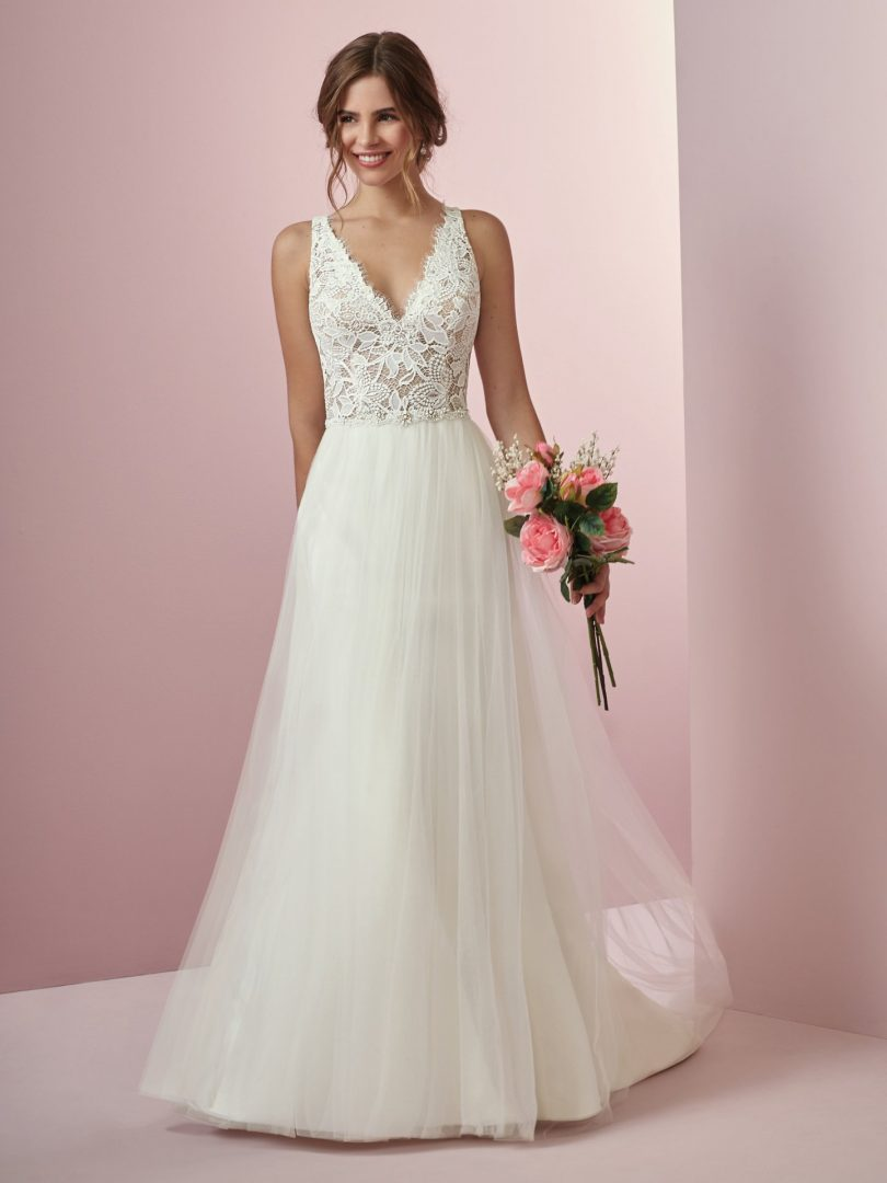 1ec282471d1 Everything You Need to Know About Maggie Sottero Wedding Dresses