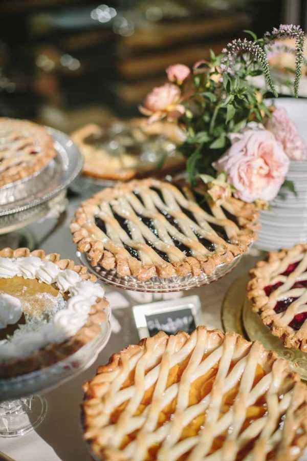 Fall Wedding Photos That WiIll Convince You To Have a Fall Wedding