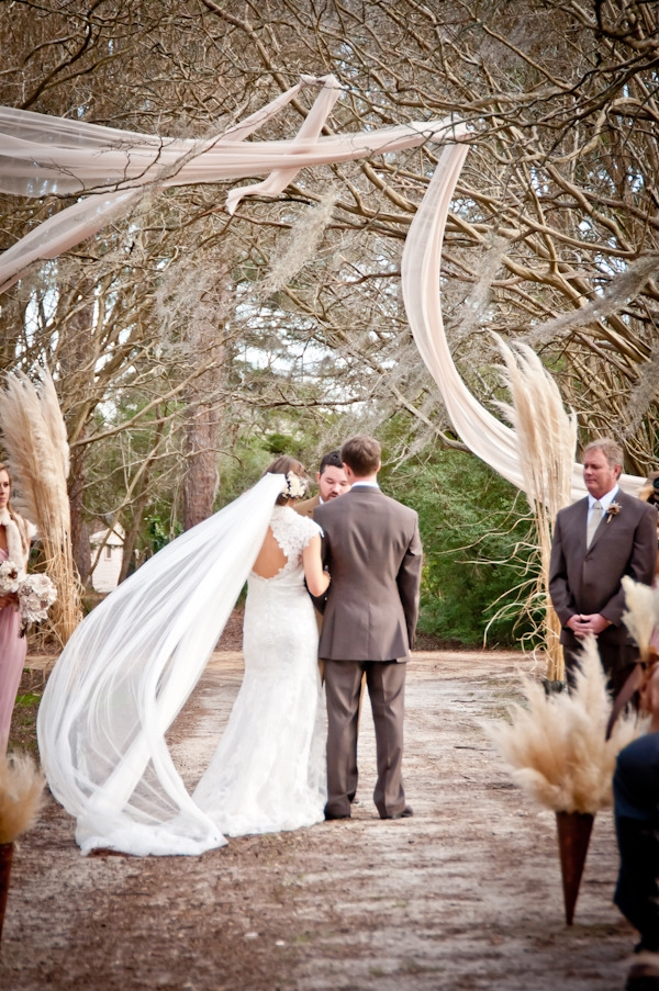 10 Traditional Touches to Work Into Your Wedding